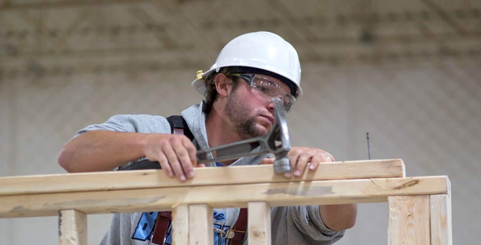 Trade Apprenticeship Programs: A Debt-free College Alternative